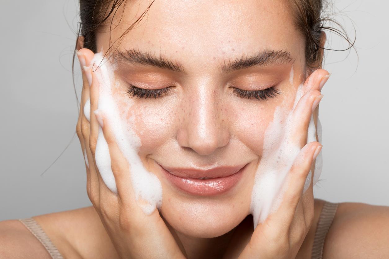 rengöring för ansiktet